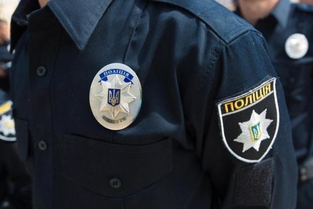 ВКиеве полицейского сбили назеленом свете светофора