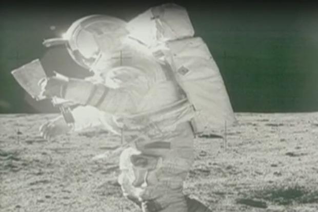 В США умер астронавт, побывавший на Луне
