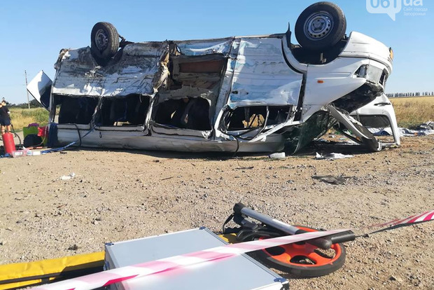 Пятеро детей погибли на месте. Очередная авария с маршруткой в Украине (18+)