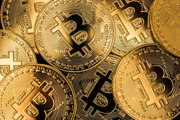 Ни дня без рекордов: Bitcoin побил отметку в $10 тысяч