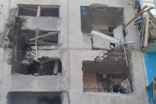 ВСУ отвечают на огонь террористов, но не стреляют по жилым кварталам - Президент