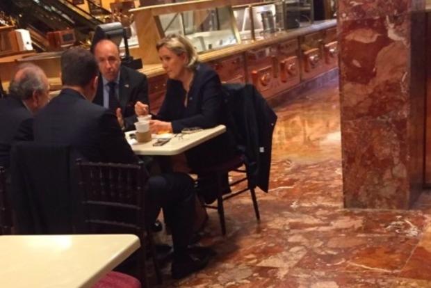«Подругу Путина» Ле Пен заметили в небоскребе Трампа