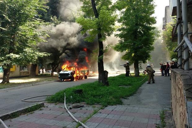 У Кам'янському підірвали машину батальйону «Дніпро» з депутатом всередині