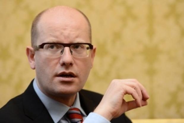 Чешский премьер раскритиковал заявление президента о Крыме