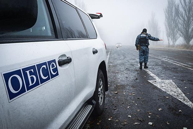 Боевики открыли огонь по наблюдателям ОБСЕ