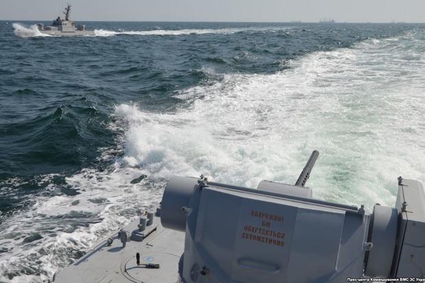 Россияне захватили украинские катера в Керченском проливе. Есть раненные