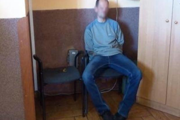 Пьяный пассажир пытался избить пограничников на границе с Польшей