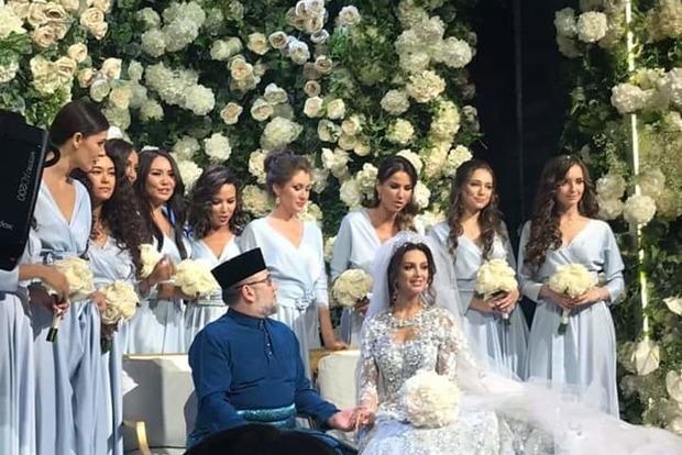 Безалкогольная свадьба. Король Малайзии женился на модели из Москвы