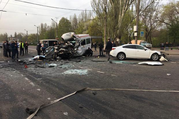 8 жертв. В Кривом Рогу 18 апреля объявлен траур по погибшим в ДТП