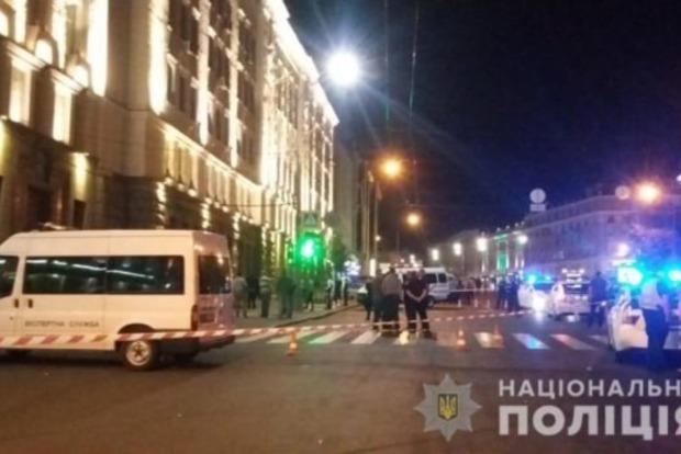 Стрелок в Харьковским горсовете сначала жестоко убил свою жену