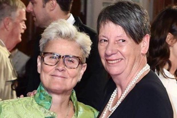 В Германии впервые министр вступил в однополый брак