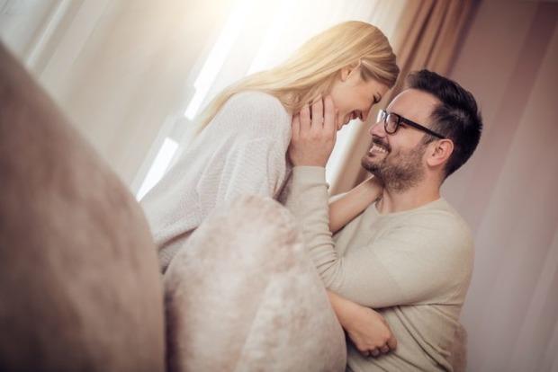 Некрасиві жінки, які приваблюють чоловіків: 5 секретів справжніх відьом