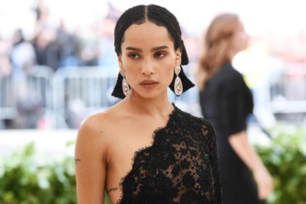 Актриса рассказала, как актер из «Пиратов Карибского моря» щупал ее грудь на сцене