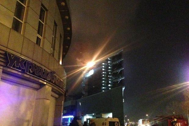 В Киеве произошел пожар в торговом центре SilverBreeze