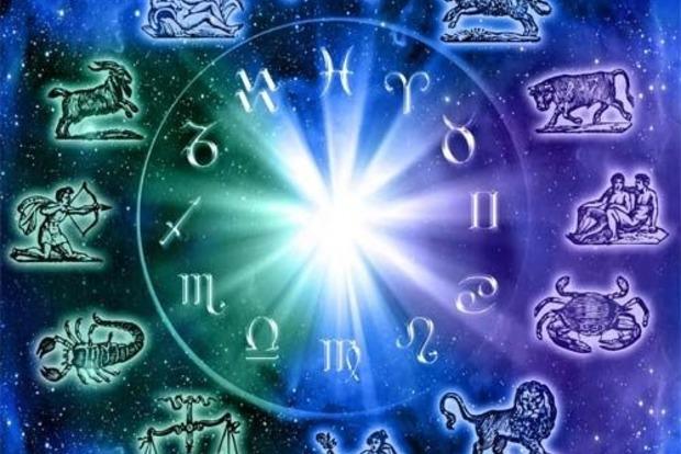 С чем нужно попрощаться в 2018 году знакам Зодиака: советы астрологов