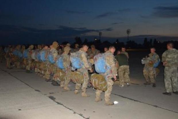 Морпехи выполнили ночное десантирование на учениях Sea Breeze