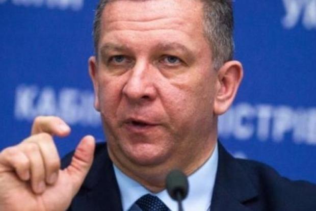 Назревает скандал: Министр соцполитики высчитал, что украинцы слишком много едят