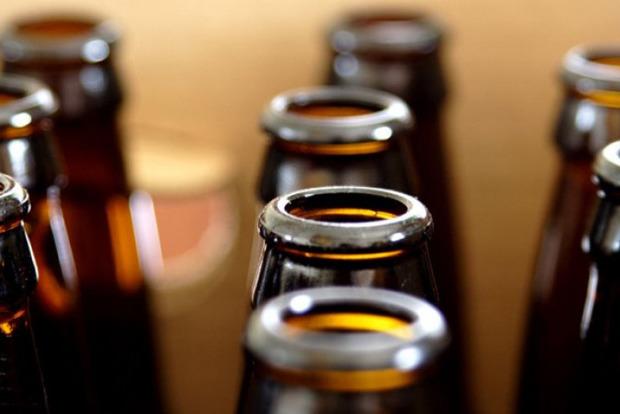 Мужчина дал полицейскому в России взятку пивом