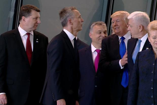 Белый дом нашел оправдание манерам Трампа в Брюсселе