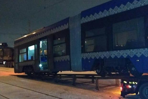 Киев получил два новых польских трамвая