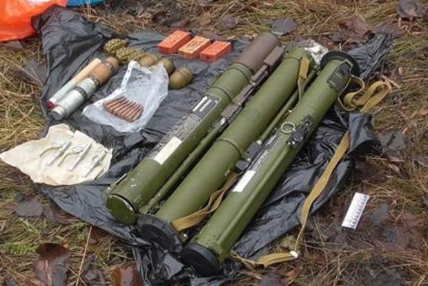 В Запорожской области найден тайник с боеприпасами (фото, видео)