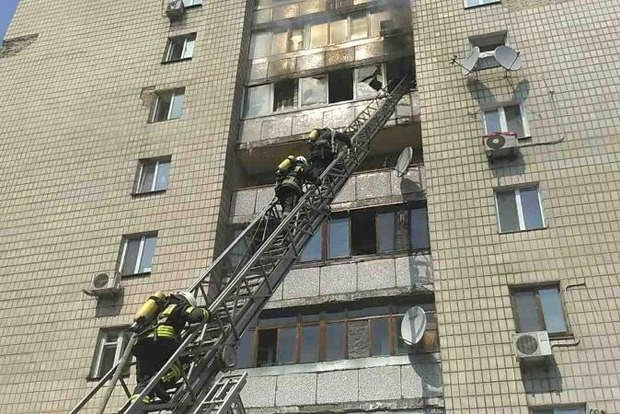Врезультате сильного возгорания  вмногоэтажке вцентре украинской столицы  погибли 3 человека