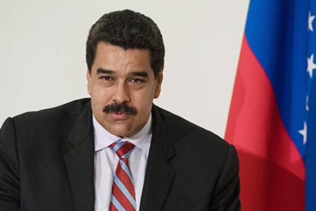 Мадуро предложил президенту Колумбии глотать кокаин