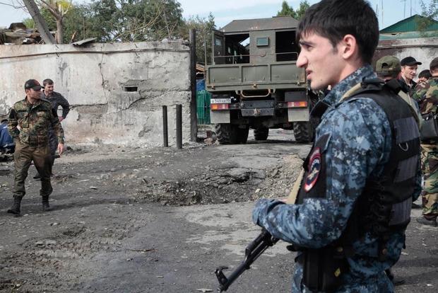 Смертниця підірвала себе біля КПП поліції в Чечні
