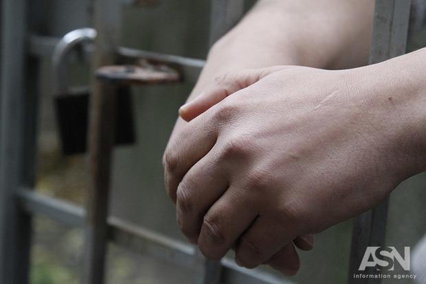 Порошенко помиловал женщину, которую приговорили к пожизненному заключению