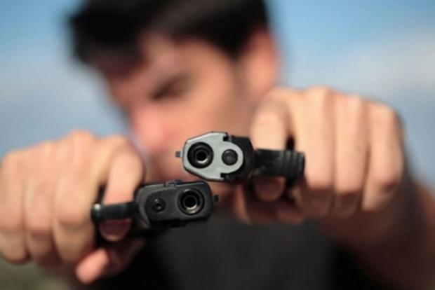 В результате стрельбы в студгородке Калифорнийского университета погибли два человека