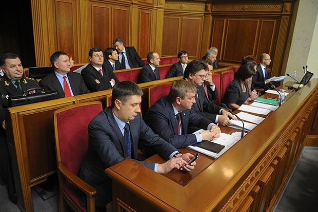 Чем иностранцы обогатили украинское правительство