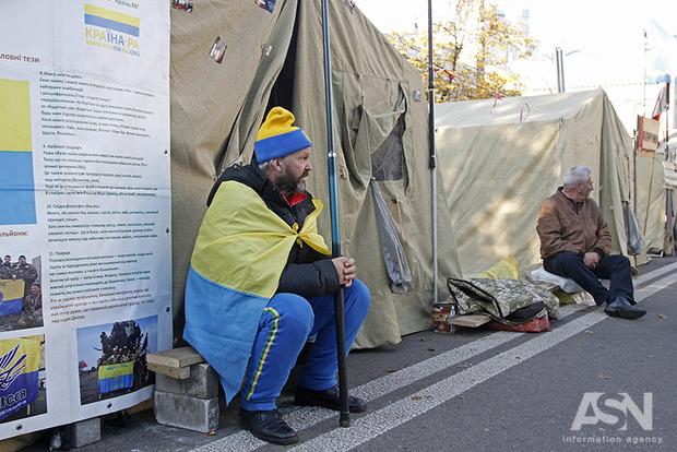 Правоохранители не будут применять силу к протестующим под Радой – СБУ