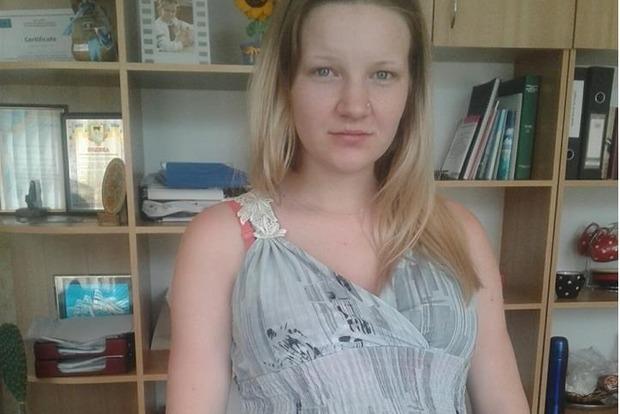 Несовершеннолетняя на Днепропетровщине готовится родить тройню. Нужна помощь