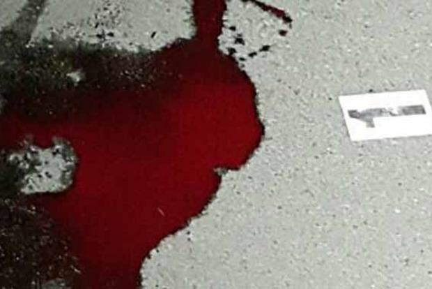 В Киеве с ножом напали на 18-летнюю девушку