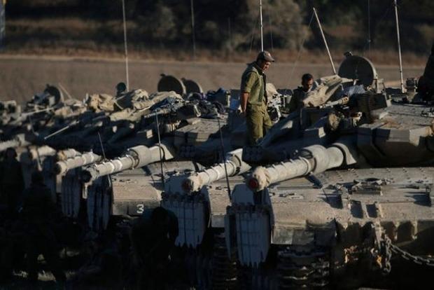 Израиль перебросил на границу с Сирией танки и артиллерию