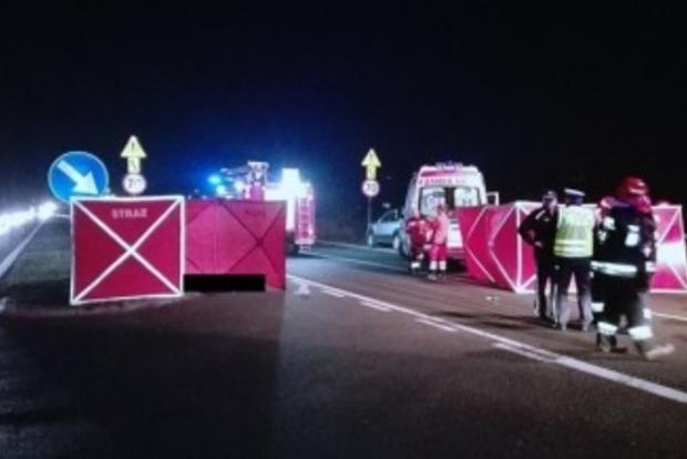 В Польше водитель сбил на переходе трех украинок. Двое погибли