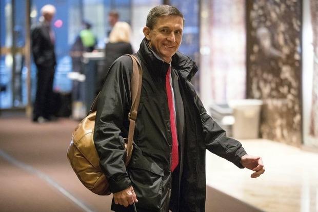 Экс-советник Трампа покажет Сенату США документы для расследования вмешательства России