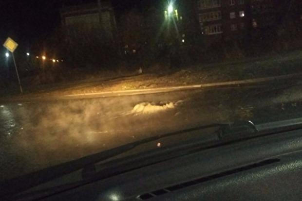 В российском городе Серове забил «фекальный гейзер»