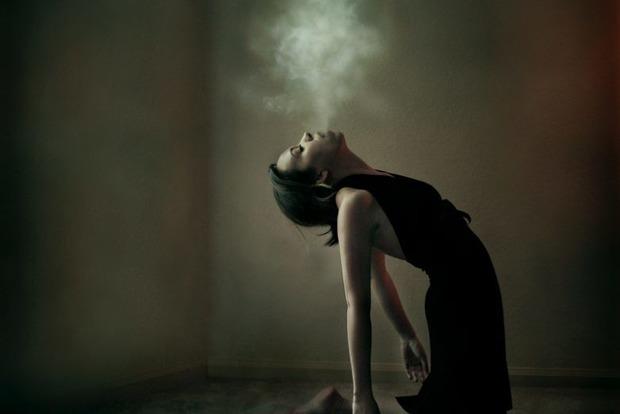 Не будите лихо: 10 фраз, впускающих зло в вашу жизнь