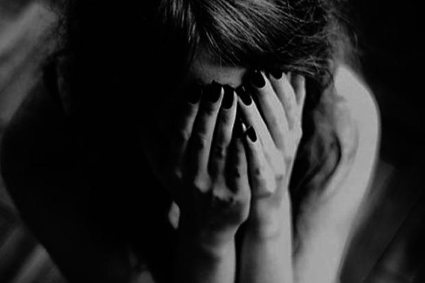 В Запорожской области рецидивист изнасиловал душевнобольную женщину