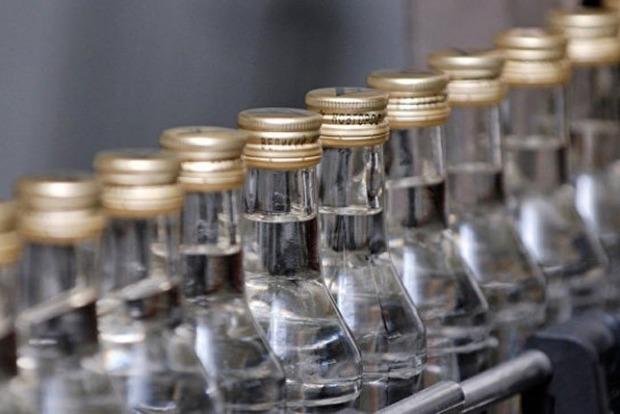 В Запорожской области изъяли 20 тыс. бутылок контрафактного алкоголя