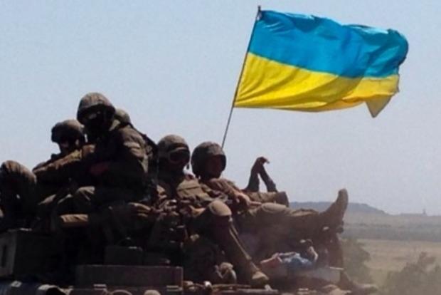 Двое бойцов ВСУ ранены из-за обстрелов боевиков с начала суток
