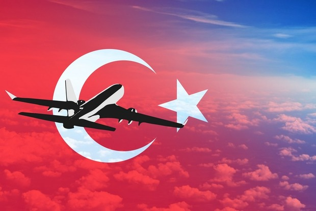 Турция откроет свои аэропорты в 9 этапов