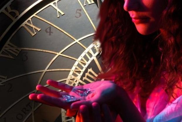 Премии, лотерея, наследство: Астрологи назвали 6 знаков Зодиака, которые разбогатеют летом