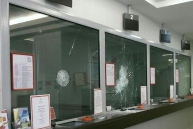 Полиция открыла уголовное производство по факту разгрома офиса Ахметова