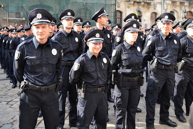 В Ровно начала работу патрульная полиция