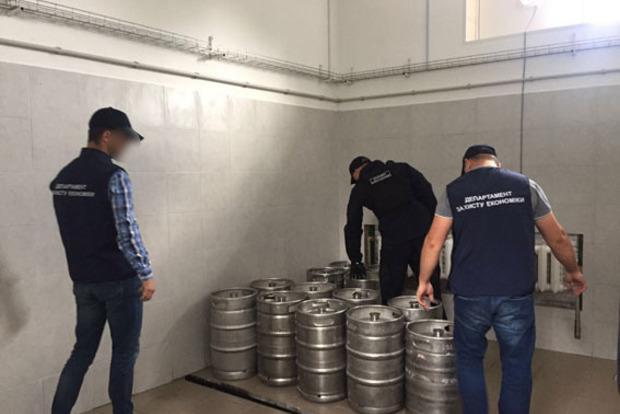 Под Киевом полиция изъяла более тонны поддельного пива
