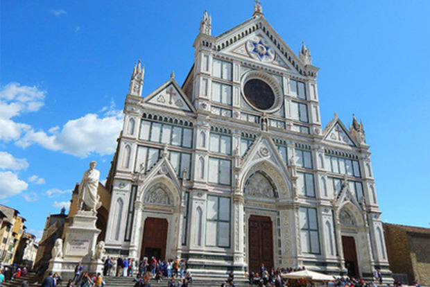 Упавший камень с церкви во Флоренции убил туриста