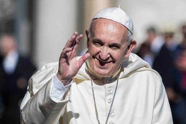 Папа Римский начал сбор средств для переселенцев из Донбасса