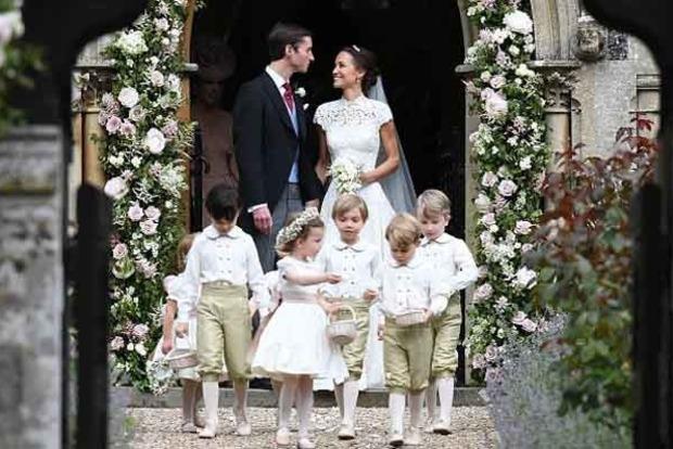 Появились первые фото со свадебной церемонии сестры Кейт Миддлтон